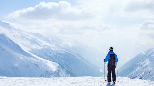 ski covid 2021